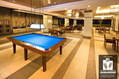 Sports Bar/Area